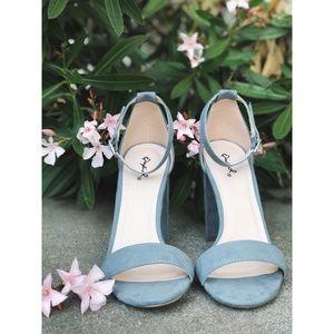 Carrson Heeled Sandal in Sea-foam Blue